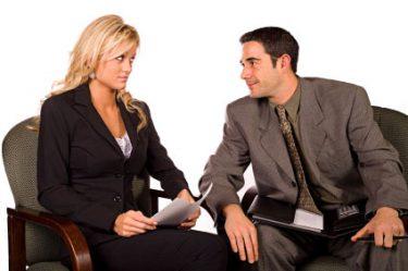 Vorstellungsgespräch führen - Fragen, Körpersprache