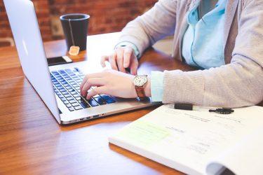 Fernunterricht und Fernkurse durch E-Learning